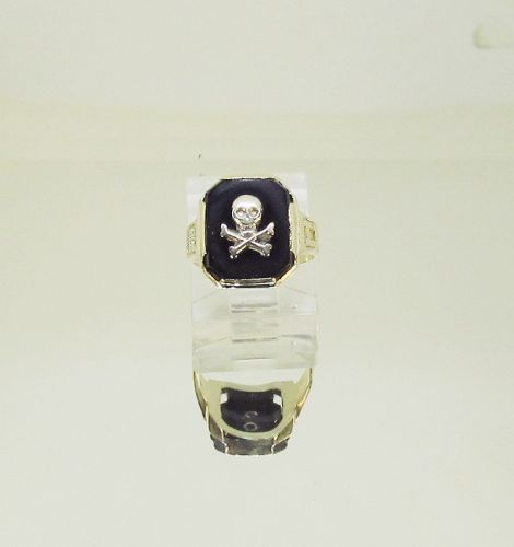 Skull and Crossbones Onyx Signet Ring 14Kt Yellow Gold