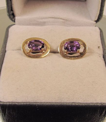 Vintage Oval Amethyst and 14Kt Yellow Gold Earrings