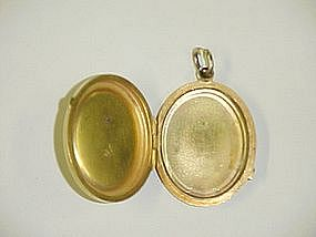 14 Kt Gold Oval Victorian Locket with Seed Pearls