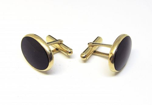 14 Kt Gold And Onyx Cufflinks