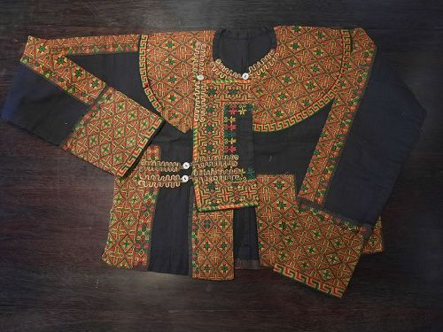 A Taiwanese Indigenous Paiwan Tribe Male Festive Jacket,mid 20 C.
