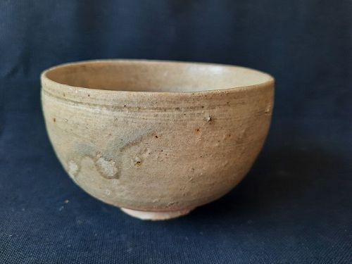 A Chinese Yue Ware Tea Cup,Tang Dynasty