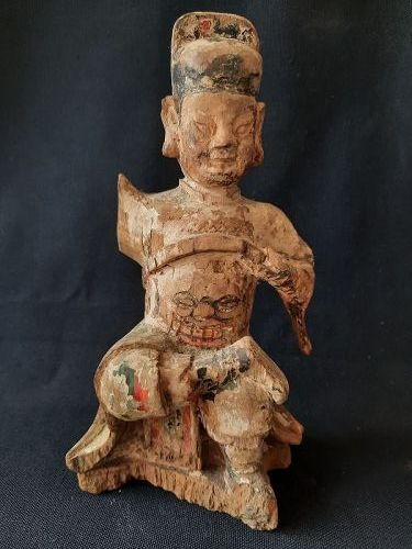 A Chinese Wood Statue of a Daoist Deity,18 C.