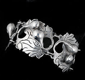 FRUITY (!) Vintage MEXICAN SILVER BRACELET AE Heart