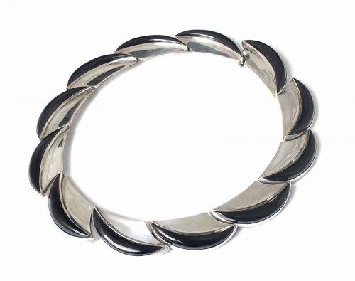 Antonio Pineda Mexican 970 silver crescents Necklace with black onyx