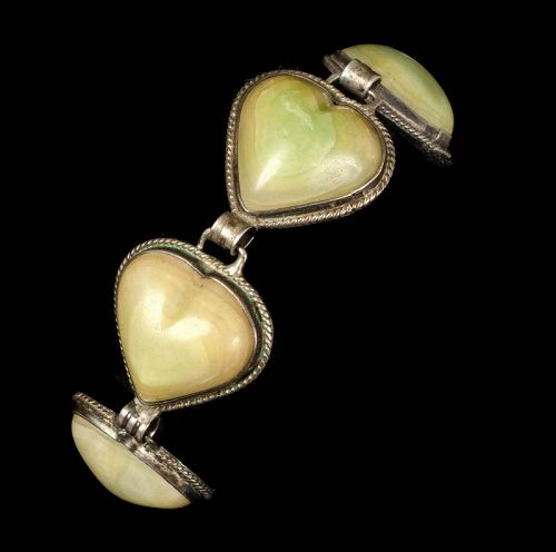 Mexican Deco silver and green stone hearts Bracelet