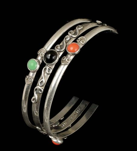 set of 3 Mexican silver Bangle Bracelets with stone cabs