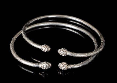 vintage set of 2 Jamaica / East Indies silver Bangle Bracelets AC WI