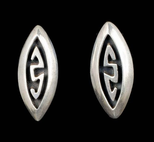 Taller Taxco Mexican silver Earrings in a Salvador Teran design
