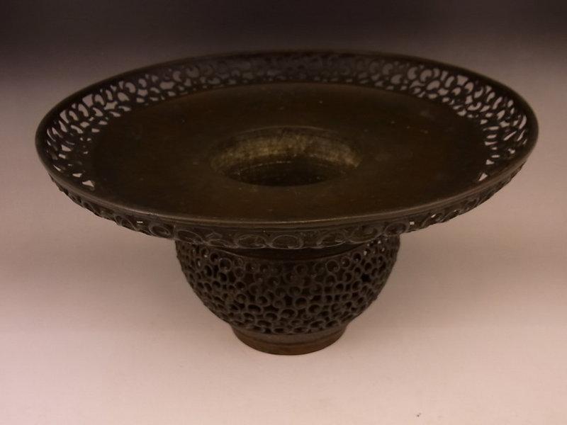 Japanese E. 20th Century Bronze Dragon Design Usubata