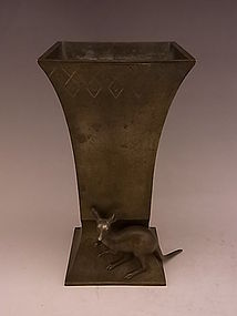 Japanese Early To Mid 20th Bronze Kangaroo Vase