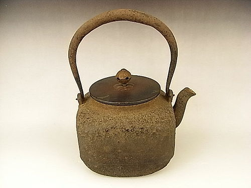 Japanese Early 20th C. Iron Tea Pot