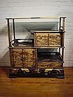 Japanese Meiji Period Gold Lacquer Fan Design Cabinet