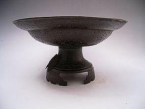 Japanese Meiji Period Bronze Cicada Design Usubata