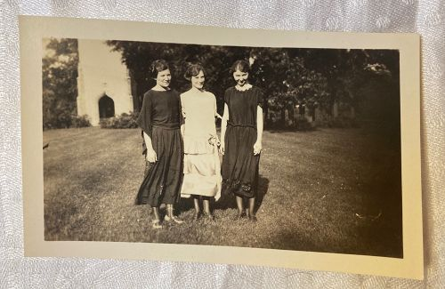 Three Art deco Ladies Snapshot
