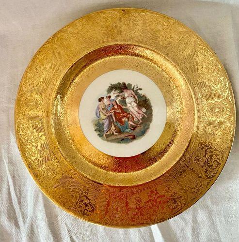 Vintage 22 K Gold pristine Royal China Service / Dinner Plates