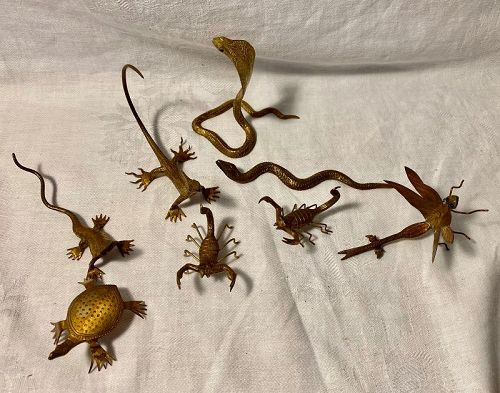 Amazing Group 8 Brass Miniature Insects Snakes Display