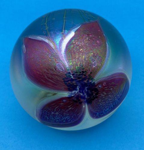 Eric Bracken Glasshouse 1989 Flower Paperweight