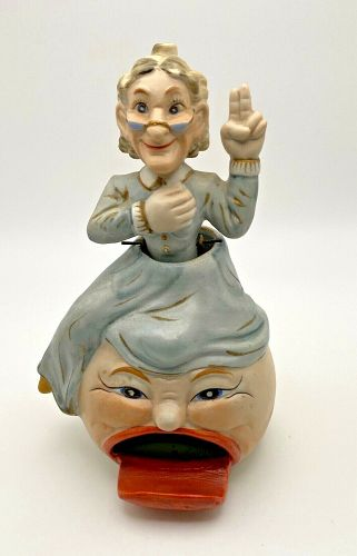 Vintage Rare Granny & Gramps Nodder Bobble Head w Nodders Book