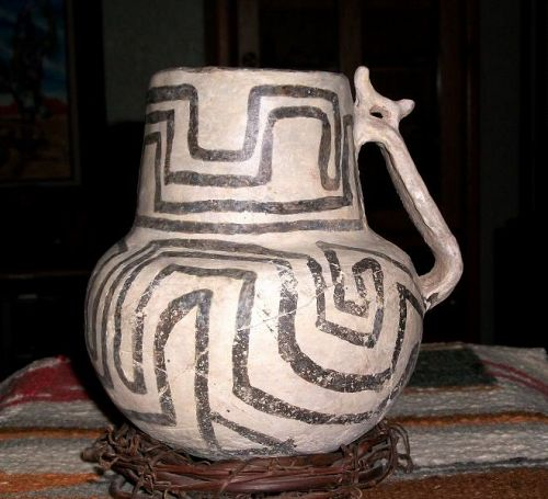 Anasazi / Snowflake black on white effigy pitcher ca 1100 to 1300 ad.