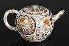 A Japanese Export imari Teapot, 18th century.