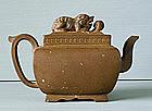 A Chinese Export Yixing Teapot, Qianlong, 18C