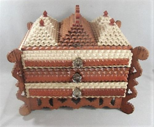 Large Unusual Tramp Art Lidded 2 Drawer Box - ca 1920