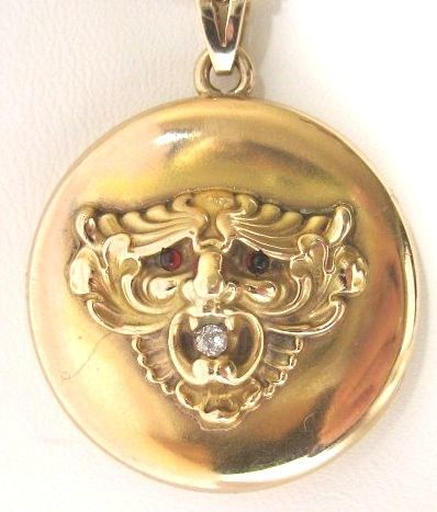 Zephyr or Lion Locket Diamond 10kt signed by Kroll