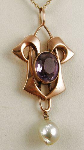 Amethyst Rose Gold Lavalier Art Nouveau/Arts & Crafts