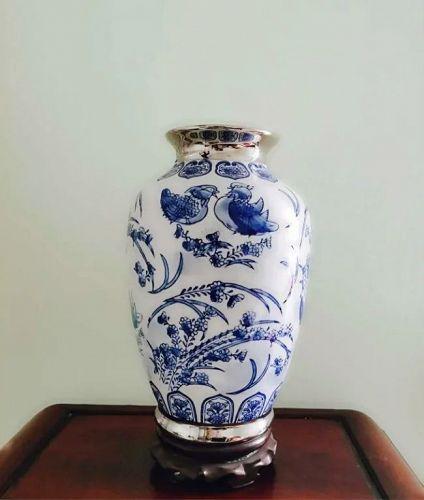 Large Antique 18th Century Deft Vase