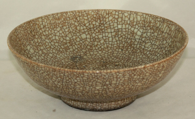 Large Chinese Qing Qianlong Geyao Type Crackle Glaze Porcelain Bowl