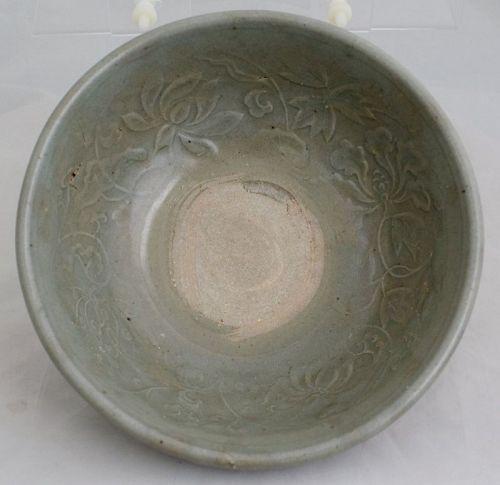 "7"" Diameter Chinese Yuan Ming Longquan Celadon Floral Stoneware Bowl"