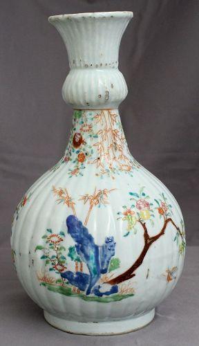 Chinese Qing Qianlong Fencai Famille Rose Porcelain Guglet Vase
