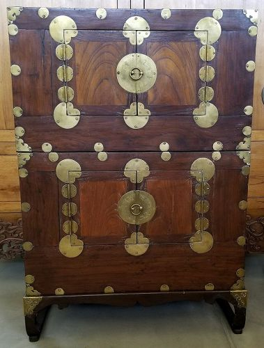 Korean Choson Yi Ichung Nong Stacking Clothing Chest or Side Tables