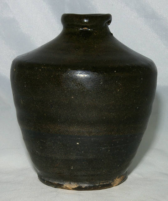 "Chinese Yuan to Ming Dynasty Stoneware Brown Black Jar 5 3/4""H"