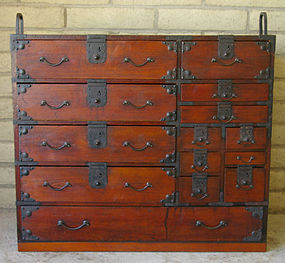 Japanese Meiji Lacquered Multi-drawer Merchant Tansu