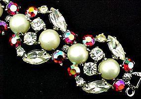 Stunning Schiaparelli  Faux Pearl/Rhinestone Bracelet