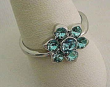 Pretty Blue Glass Cluster Ring