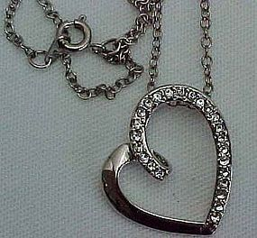 Pretty Rhinestone Stylized Heart Necklace