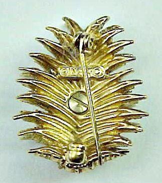 Small Ciner Rhinestone Pineapple Pin