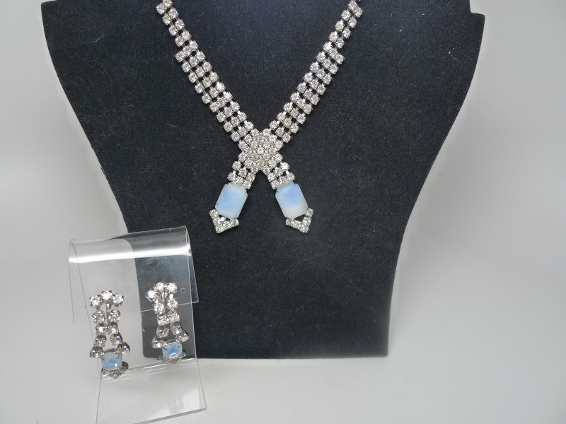 Clear Rhinestone Set with Opaque Blue Gllass Ends