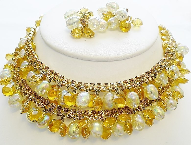 """""""Tiny Bubbles"""" - The Perfect Necklace and Earrings"""