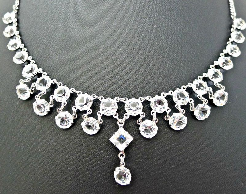 Art Deco Delicate Paste Necklace and Earrimgs