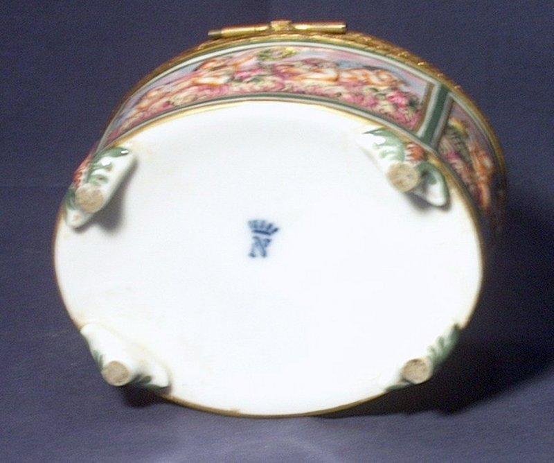 Capo di Monte Porcelain Bronze Hinged Box
