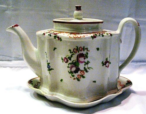 New Hall Georgian Shaped Teapot and Matching Stand