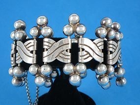 HECTOR AGUILAR SILVER BRACELET 6 SPHERES 1940'S
