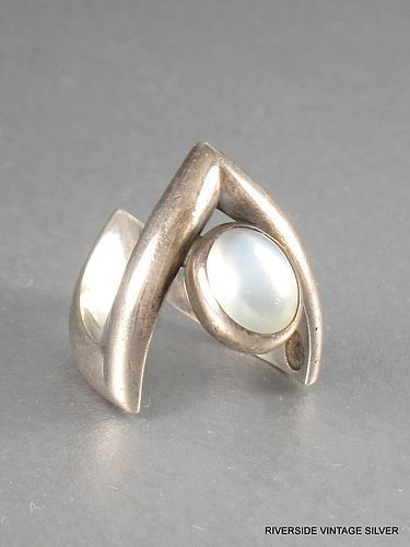 ANTONIO PINEDA MOONSTONE & 970 SILVER RING