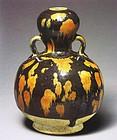 An important Cizhou Gourd Bottle of Yuan Dynasty.