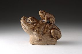 A Yellow-Glazed Yaozhou Toad Water Dropper of Jing D.