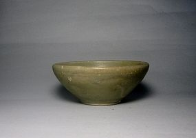 A Yueyao Bowl in Charming Look.